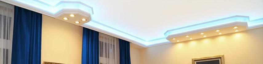Direkte und indirekte Beleuchtung in einer Stuckleiste aus Styropor
