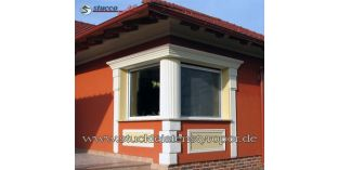 128. Fassaden Idee: Säulenschaft und Fassadenprofile zur Fensterverzierung