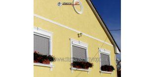 121. Fassaden Idee: Fassadenprofil als Gurtgesims