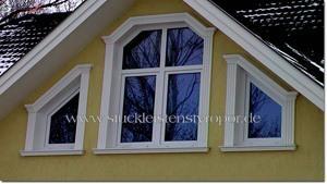 Aussenstuck Hausgiebel Fensterumrandung
