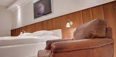 der zauber steckt immer im detail mit styropor stuckleisten und deckenleisten ein exklusives. Black Bedroom Furniture Sets. Home Design Ideas