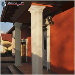 Beschichtete Styroporsäulen mit Kapitell und Säulenfuß