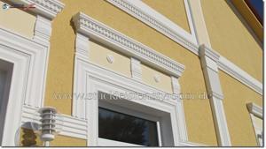 Sonderanfertigung klassische Fassade