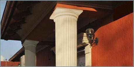 Beschichtete Dekosäulen im Außenbereich
