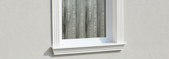 Außenfensterbänke zur Dämmung und Verzierung der Fassade