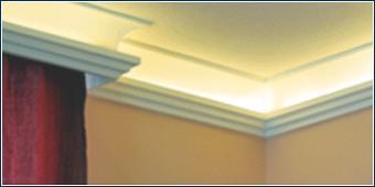 Indirekte Beleuchtung mit Zierleisten und LED Streifen