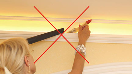 Indirekte Beleuchtung Decke entstauben - Stuckleiste ohne Plexistreifen