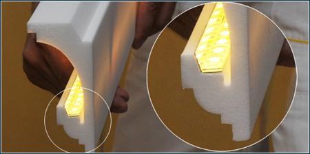 Stuckleiste mit Reflektorleiste und warmweißem LED Strip
