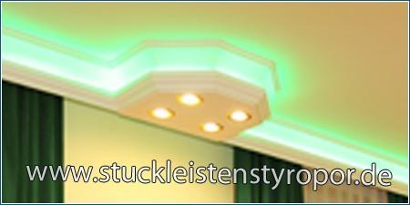 Einbauspots LED und RGB LED Streifen in Styroporstuck