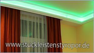 farbige indirekte Beleuchtung