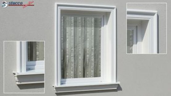 Fensterumrandung mit Aussenstuck